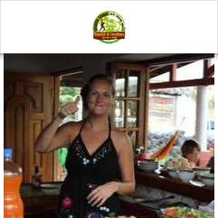 Spanish by the River, بوكيتي