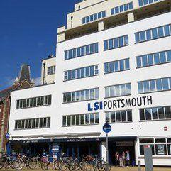 Language School in Portsmouth, ポーツマス
