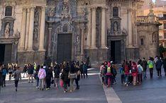 Найпопулярніші місця призначення: Мурсія (ескіз міста)