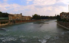 Top Destinations: Verona (city thumbnail)